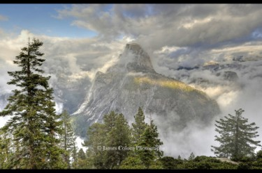 Yosemite: Half Dome in Fog
