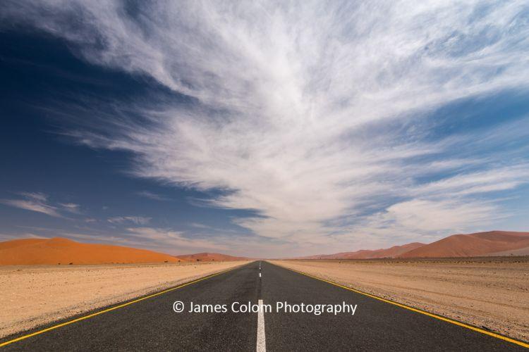 Road to Sossussvlei in Namib Naukluft National Park